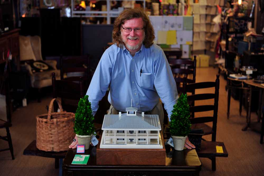 Architect builds Lego replica of Augusta National clubhouse