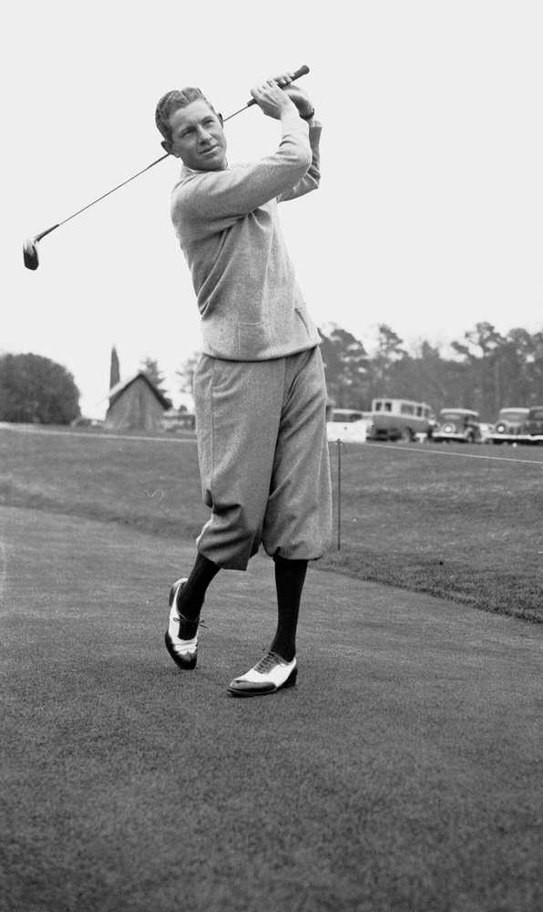 1934: Horton Smith wins first tournament at Augusta National