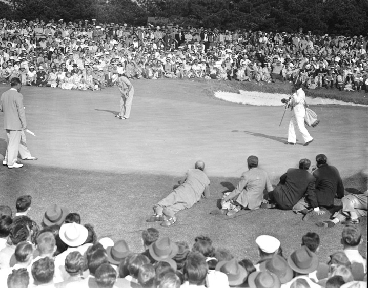 1949: Sam Snead is first Masters winner to earn Green Jacket