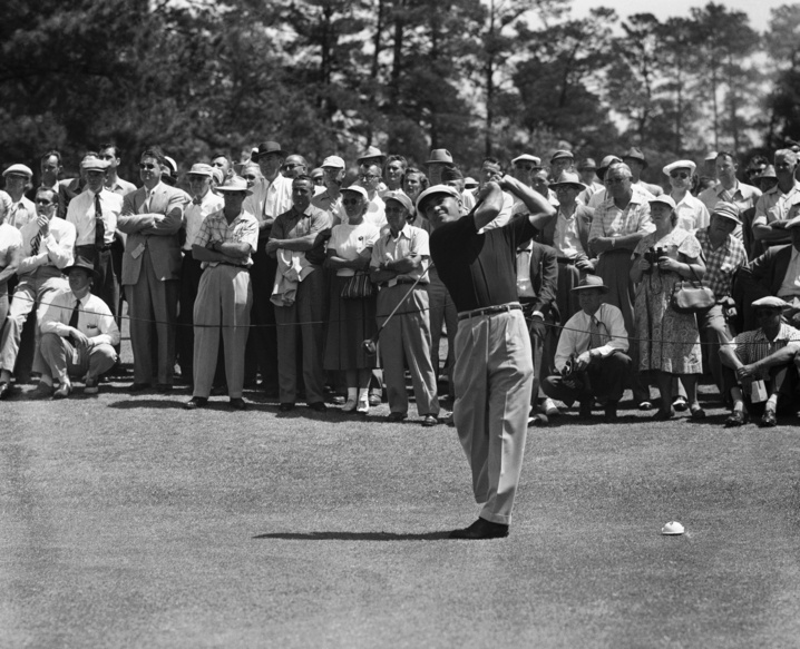 1953: Hogan smashes record for Masters win