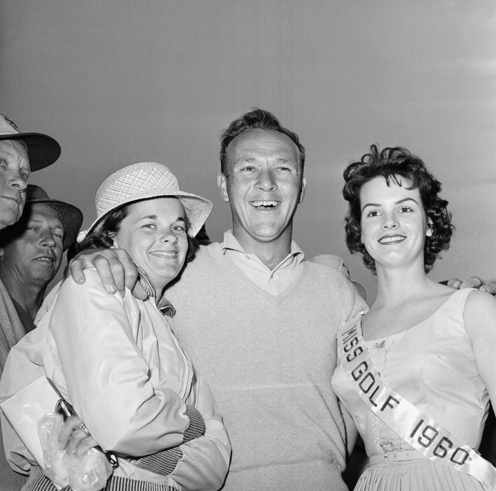1960: Arnold Palmer wins Masters with 65 on Sunday