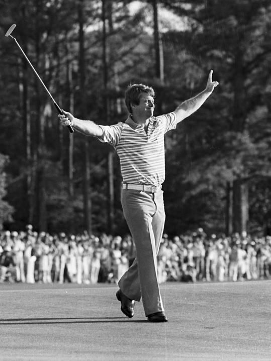 1977: Tom Watson holds off Golden Bear for first Masters win