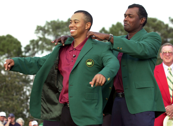 2001: Tiger Woods wins fourth straight major at Masters