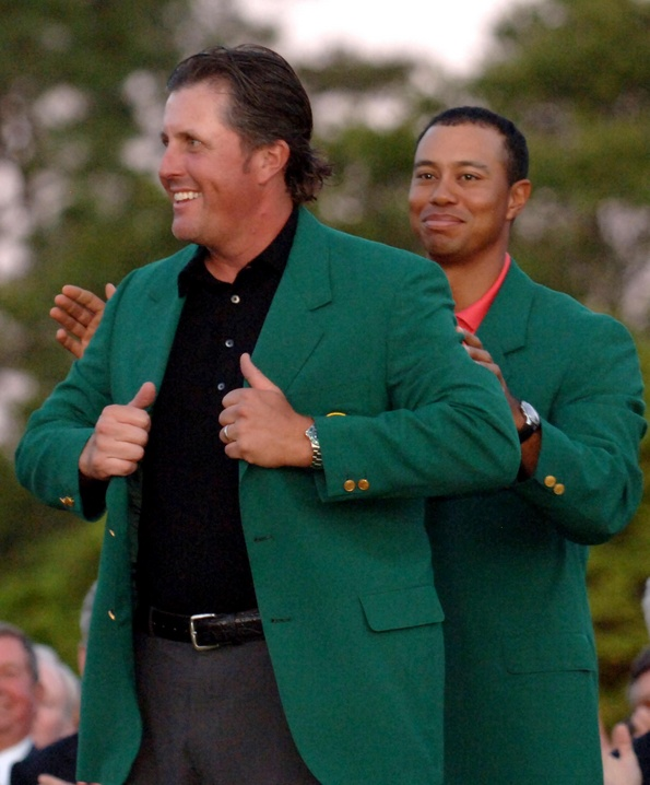 2006: Phil Mickelson earns second Masters win